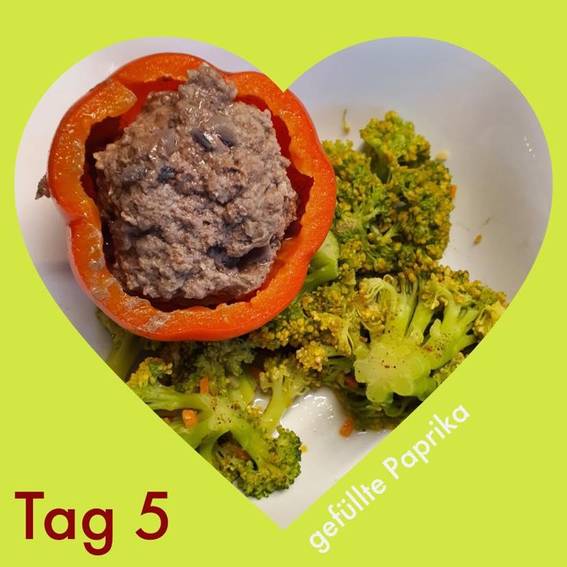 21 Tage Stoffwechselkur Rezeptbild Gefüllte Paprika mit Brokkoli